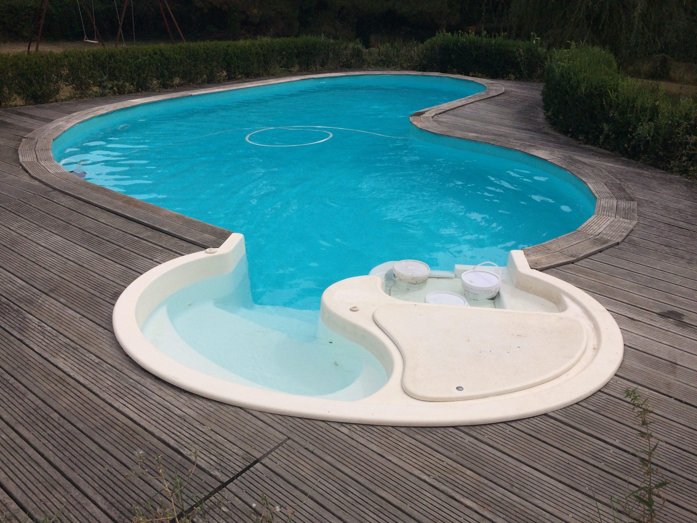 guilhem piscines construction et r novation de piscine montauban. Black Bedroom Furniture Sets. Home Design Ideas